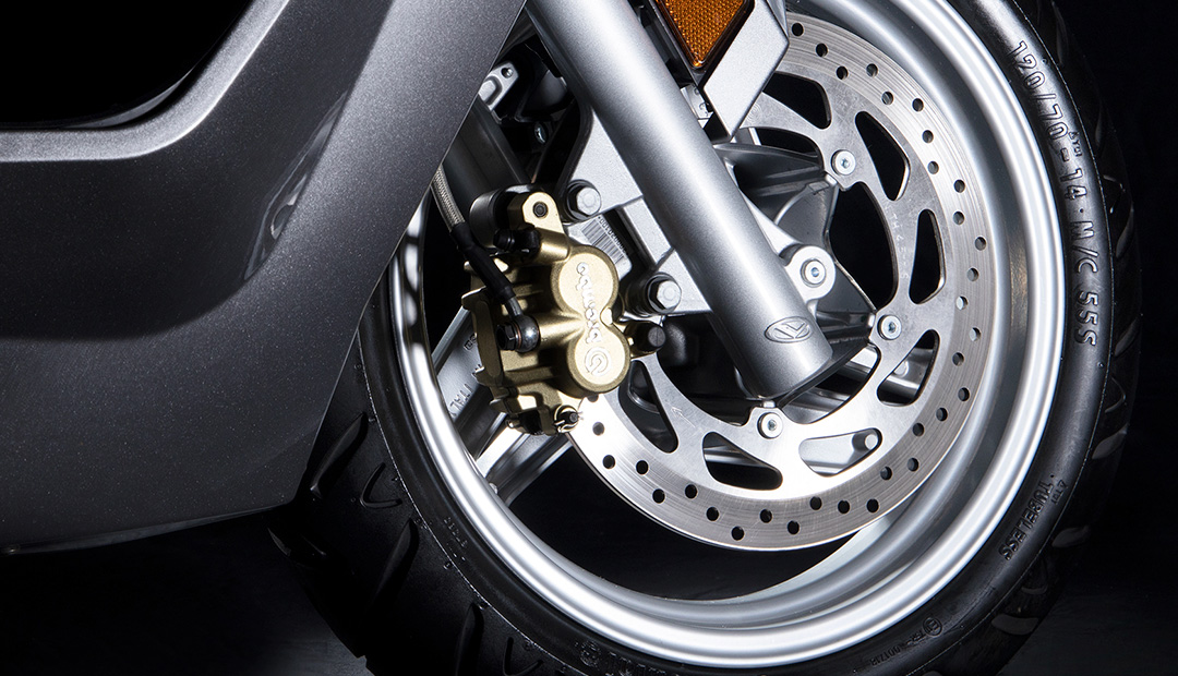 AD-4 Front Brake
