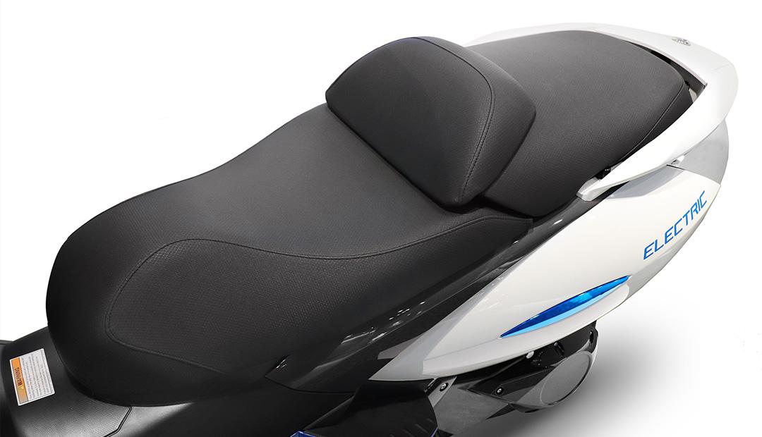 VX-1 Seat 01